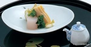 蕗白酢寄せ 筍・菜の花昆布〆 独活梅酢漬