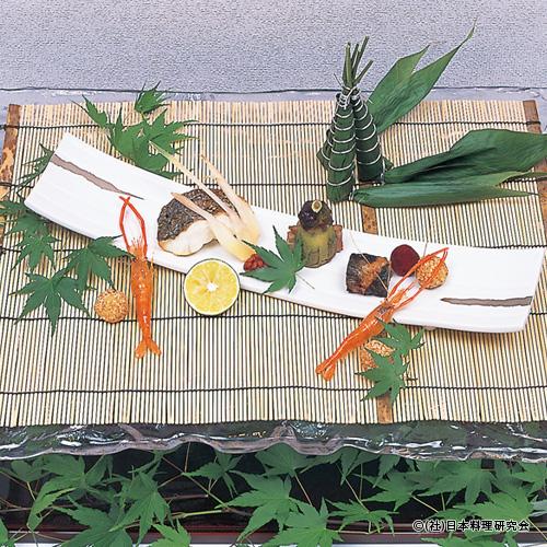 鱸塩焼、粽寿司、鰻八幡巻