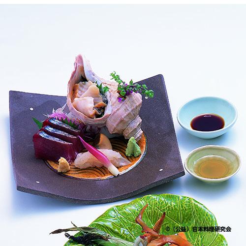 蝦夷法螺貝、掻き身星鰈紙塩〆、初鰹