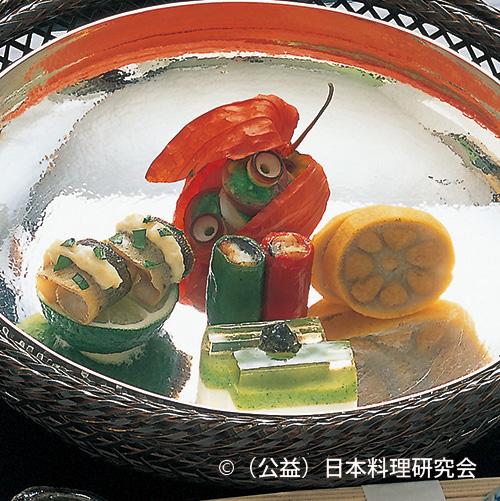 帆立・芽花椰菜涼風ゼリー、水蛸梅山葵、鮎うるか焼、鰻万願寺巻、辛子蓮根