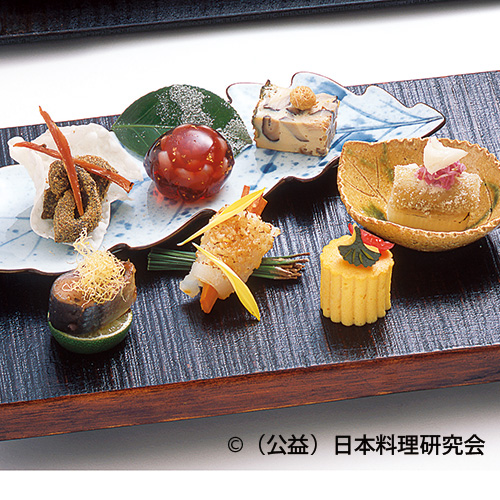 土佐海鼠、公魚南蛮漬、南瓜カステラ、烏賊松笠焼等