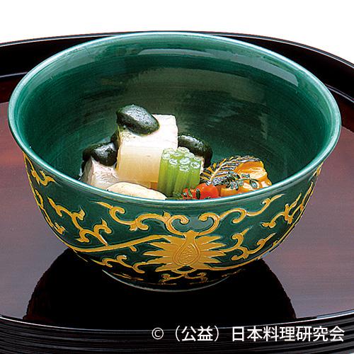 桜海老・春大根博多煮、床節椎茸、葉桜南瓜含め、蕗色煮