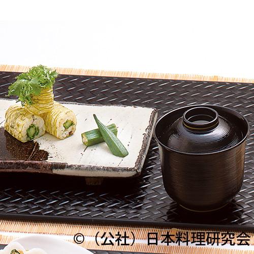 オリーブ白しょう油おぼろ昆布巻寿司