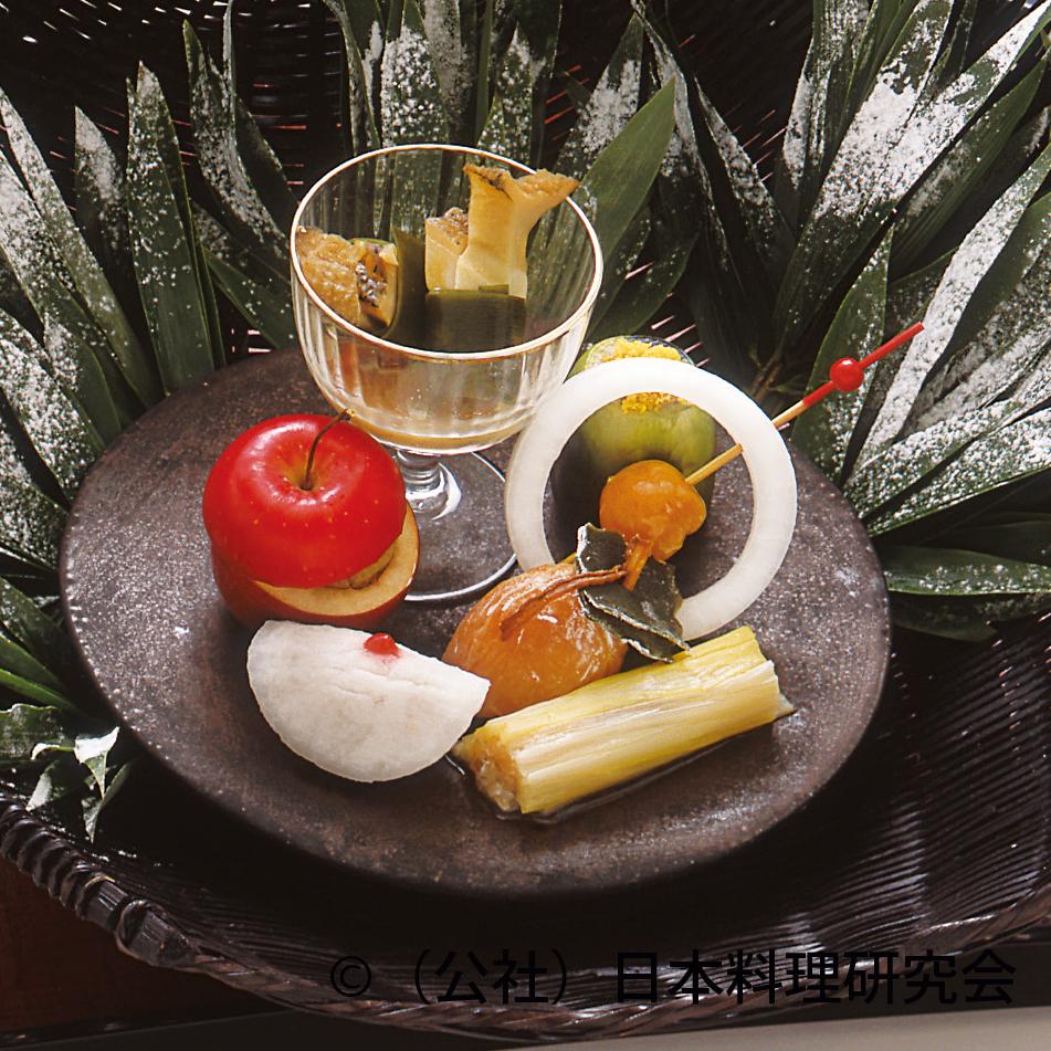 干柿杏、黄韮なめろう巻、牛肉パテ津軽焼等