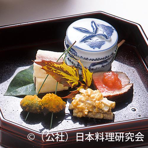 生海鼠柔煮、鰤蕪鮨、合鴨燻製等