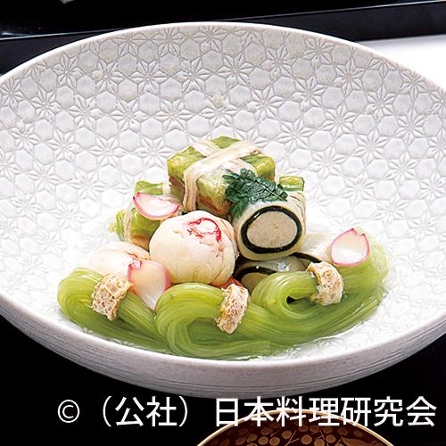 春キャベツ・穴子糸巻、伊勢海老手毬煮、鯛の子若竹煮